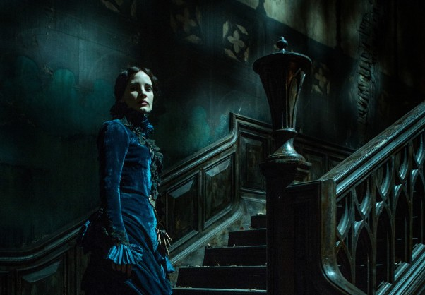 la-et-mn-crimson-peak-trailer-guillermo-del-toro-haunted-housewarming-20150513